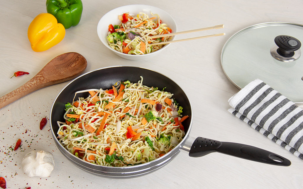 Una Non-stick Wok With Long Handle & Lid, Induction Base - 26 cm