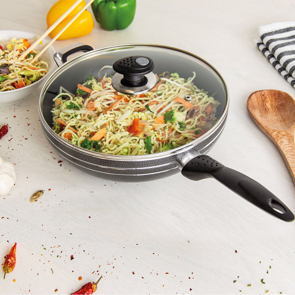 Una Non-stick Wok With Long Handle & Lid, Induction Base - 32 cm
