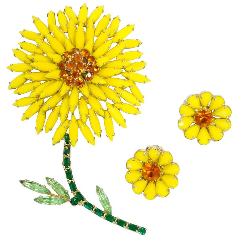 1960s Albert Weiss Yellow Rhinestone Daisy Brooch and Earrings