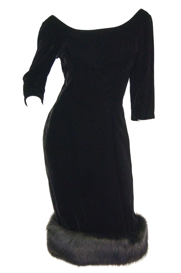 1950s Suzy Perette Black Velvet Fox Trim Cocktail Dress