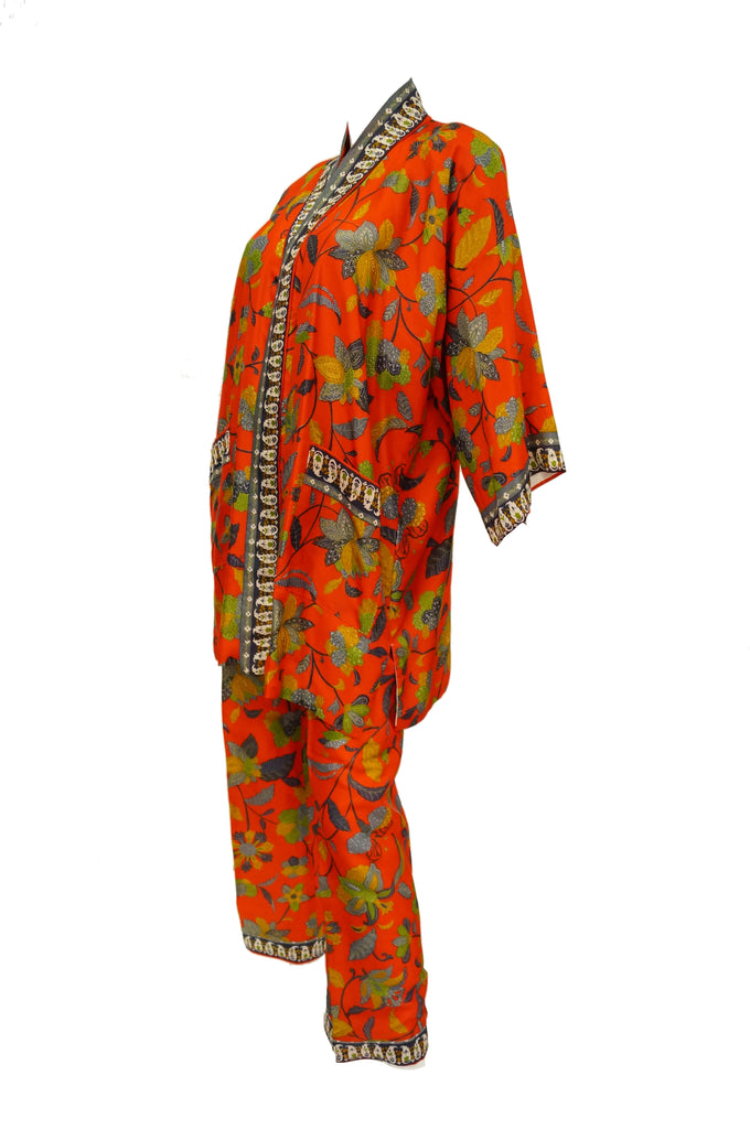 1960s Japanese Red Floral Silk Kimono Two Piece