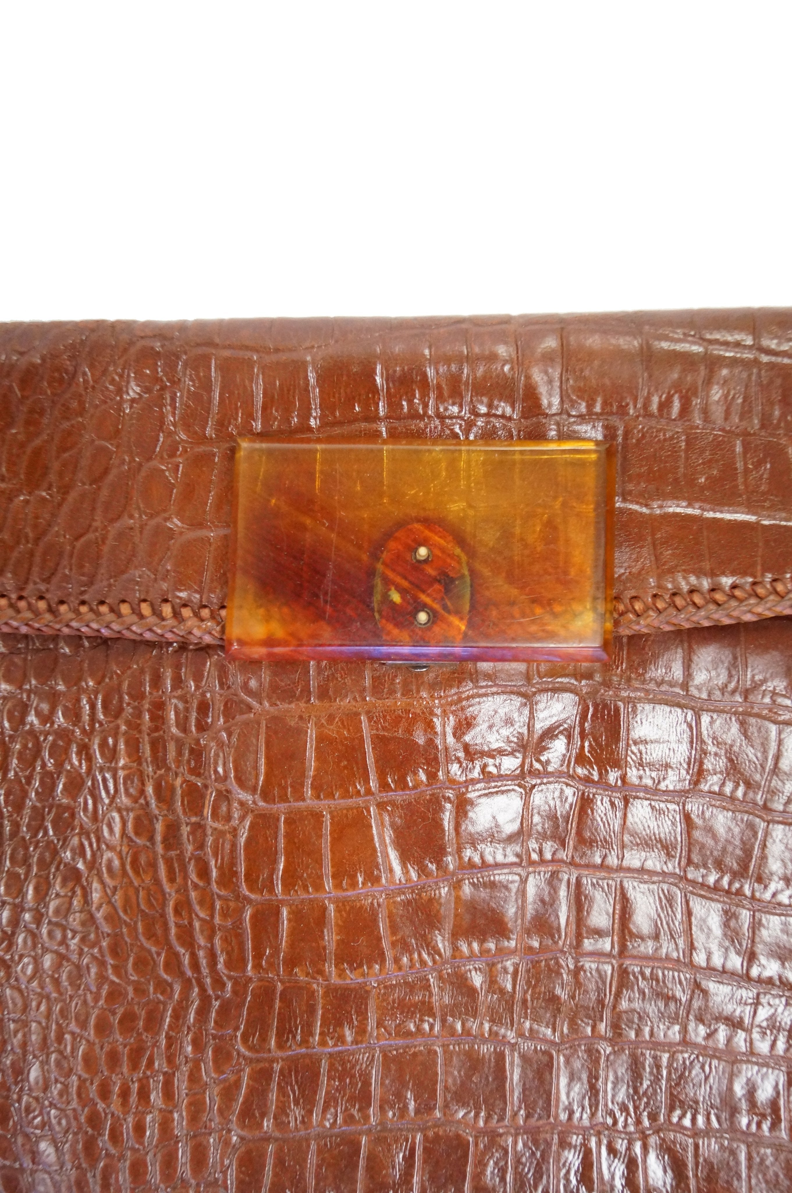 high quality guarantee choose newest Discover 1950s Alligator Clutch with Lucite Clasp