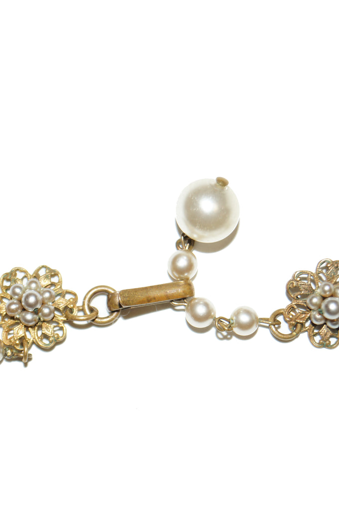 1950s Miriam Haskell Rhinestone and Faux Pearl Wreath Choker