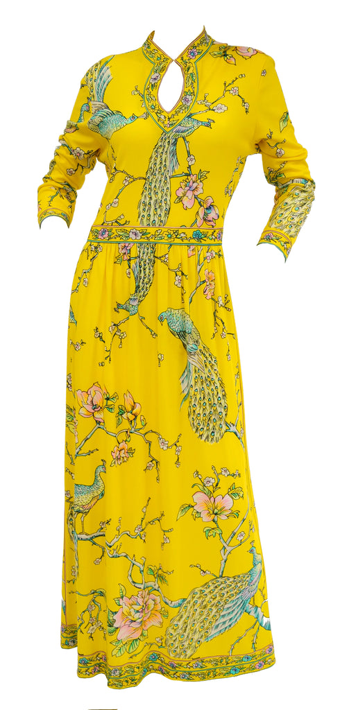 Fantastic 1960s Maurice Yellow Asian Print Jersey Dress
