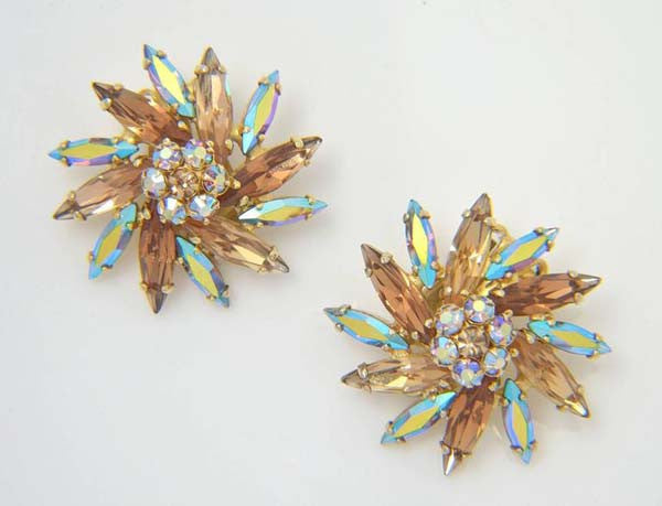 Signed 1950s Sherman Aurora Borealis Coated Brooch and Earrings
