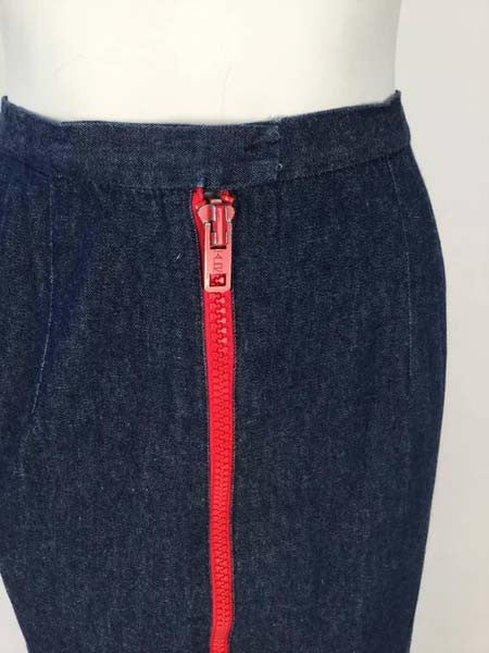 1970s Geoffrey Beene Dark Wash Denim and Red Zipper Midi Skirt