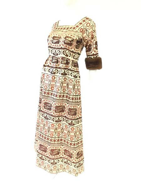 1970s Oscar de la Renta Gold Brocade Evening Dress with Mink Cuff