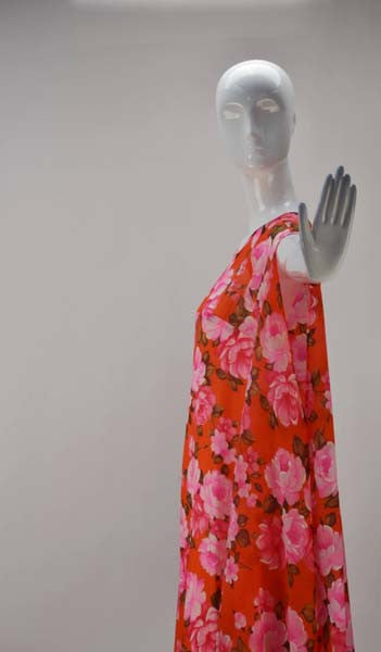 1960s Stella Fagin Rose Print Gown