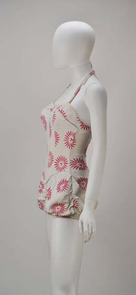 20aff6b7ca 1950s Rose Marie Reid Bloomer Cream and Pink Swimsuit - MRS Couture