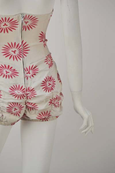 1950s Rose Marie Reid Bloomer Cream and Pink Swimsuit