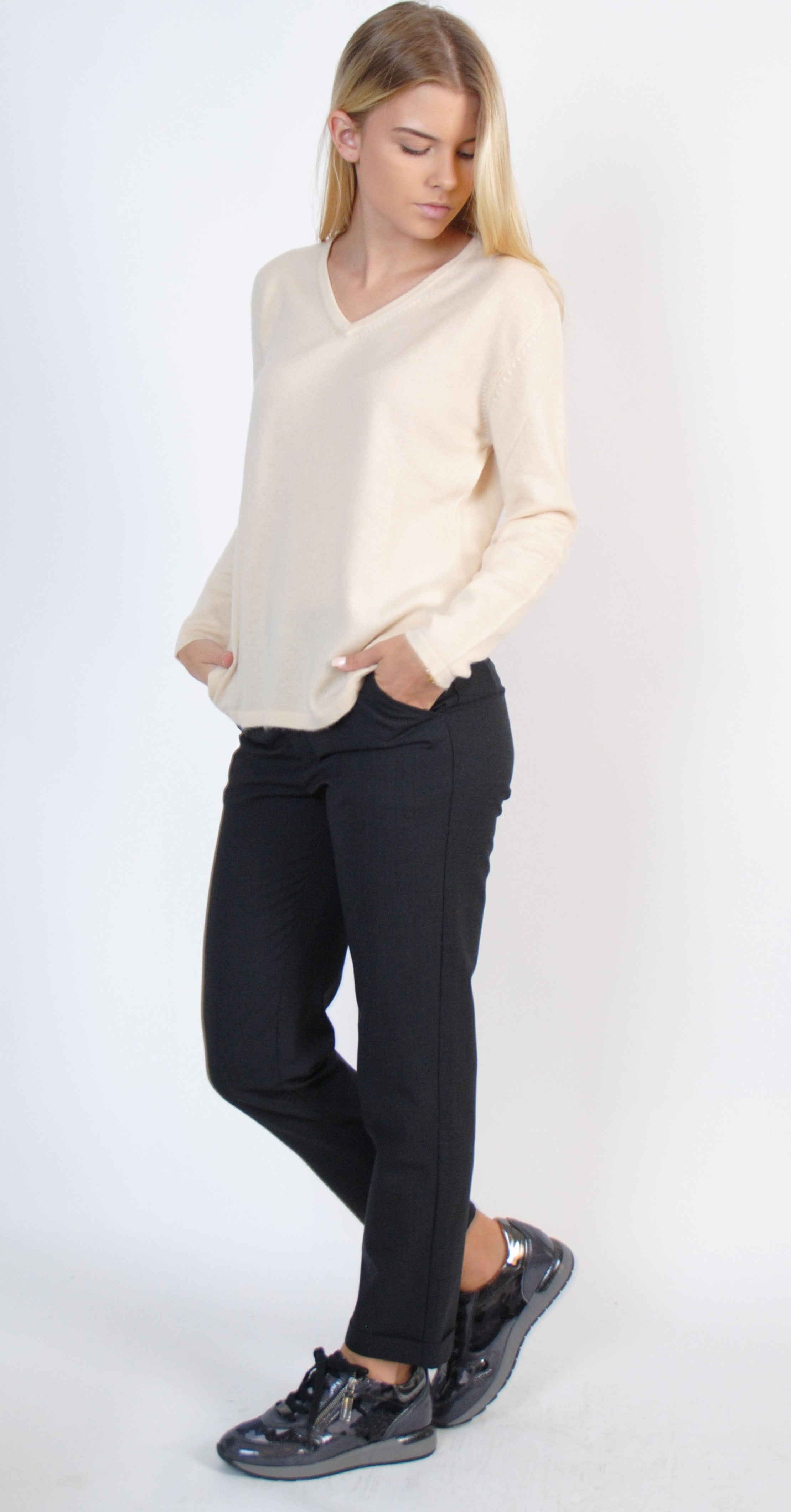 Kelly Cashmere V-neck Top