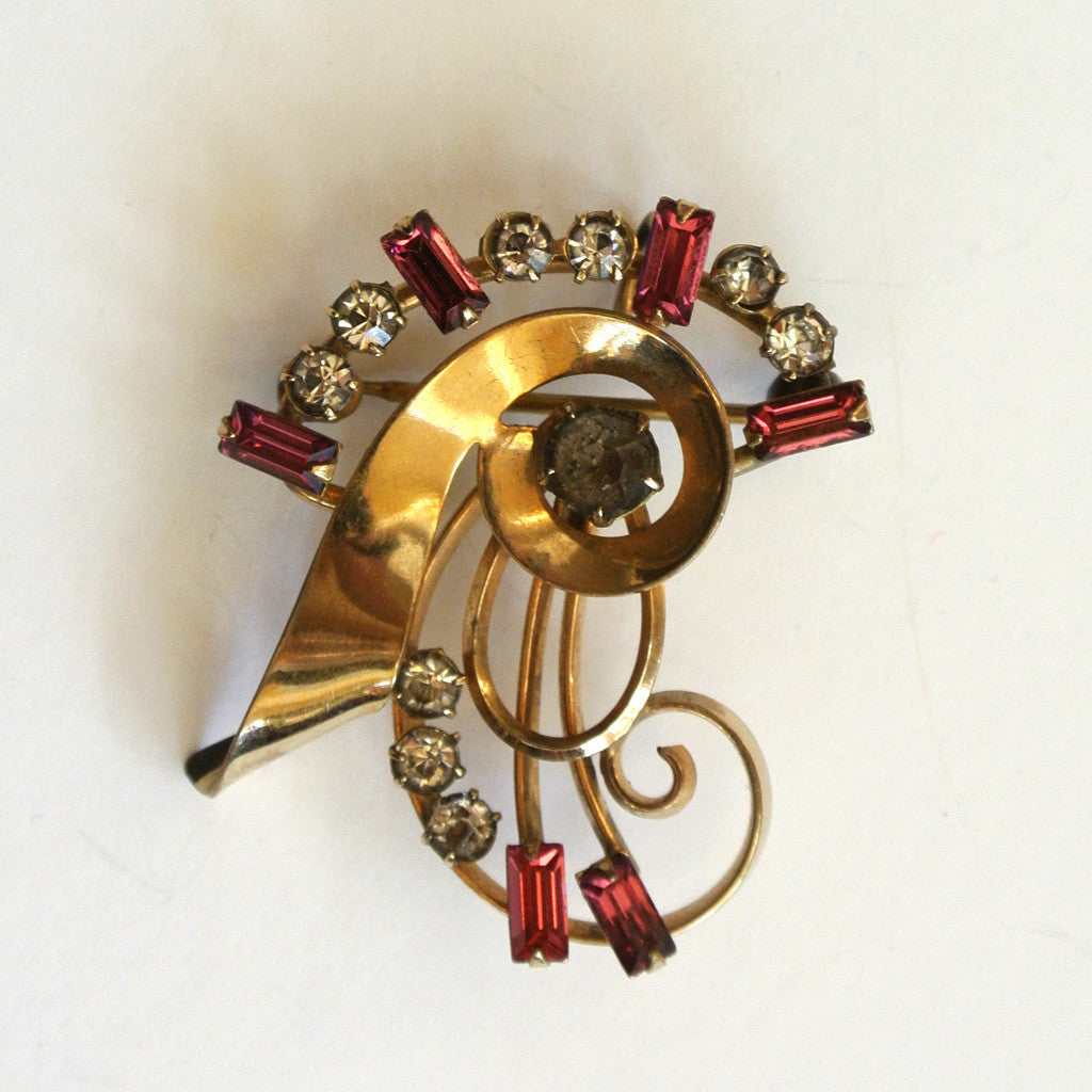 Carl Art Gold-Filled Pink Swirl Brooch/Pin