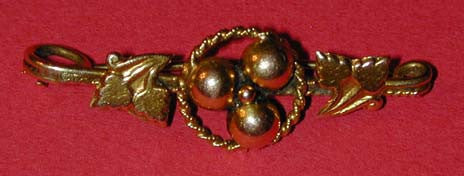 Unsigned Goldtone Bar Brooch/Pin