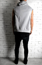 Directional Batwing Sleeveless Hoodie - Grey