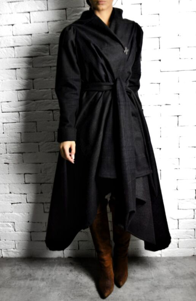 Alex Christopher raven coat