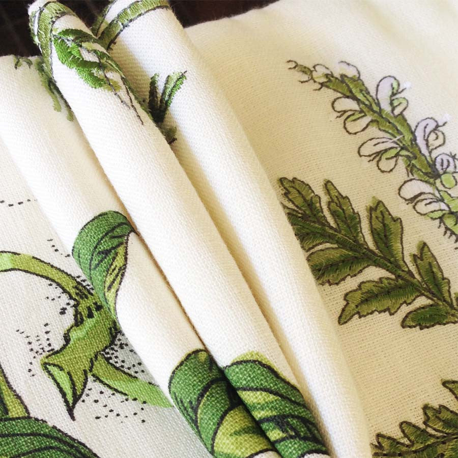 Designer Embroidered Fabric for Luxurious Bathroom Curtains