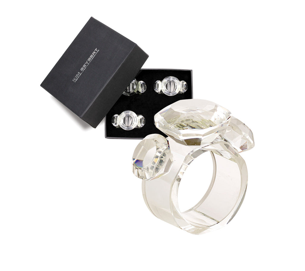 DIAMOND NAPKIN RINGS IN CRYSTAL SET OF FOUR