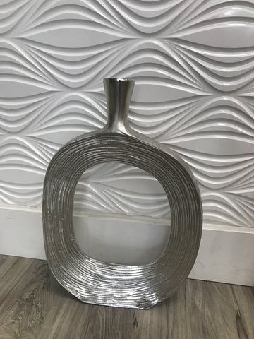 Metal vase with strips - silver