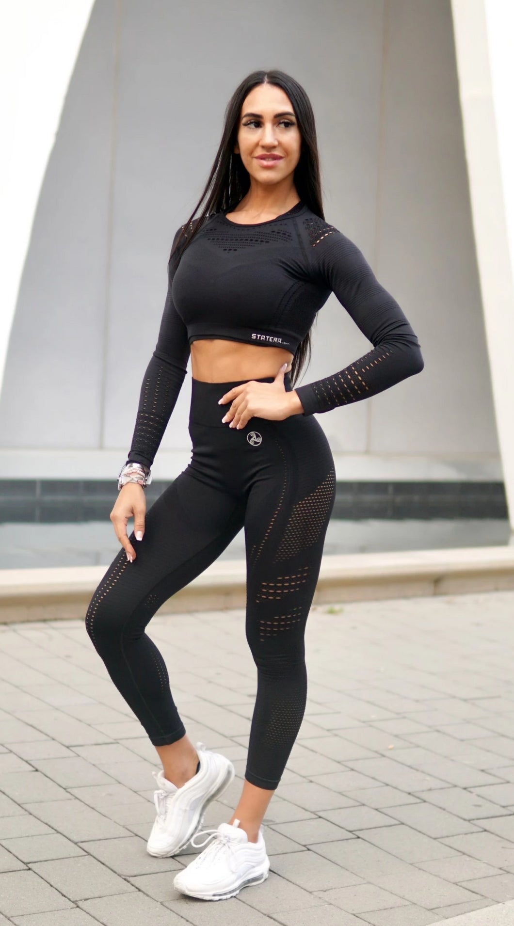 Elite Black Seamless - LEGGINGS - Statera Apparel