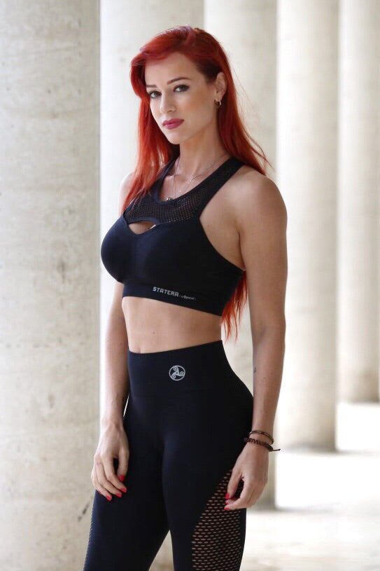 Black 1.0 Seamless - SPORT BRA - Statera Apparel