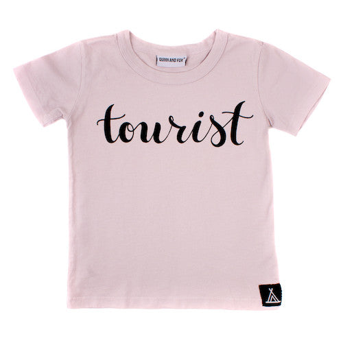 quinn and fox - tourist basic original tee