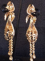 "Shining Bee E-39 Fashion Jewelry 3"" Long Dangly Earrings Brand New"