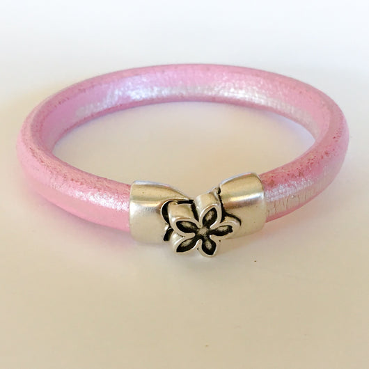 Metallic Pink Leather Bracelet with Magnetic Flower Clasp