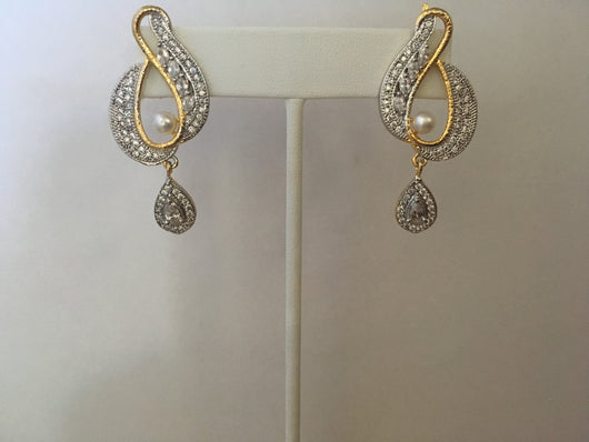 Dangling Imitation Diamond Earrings - Shining Bee