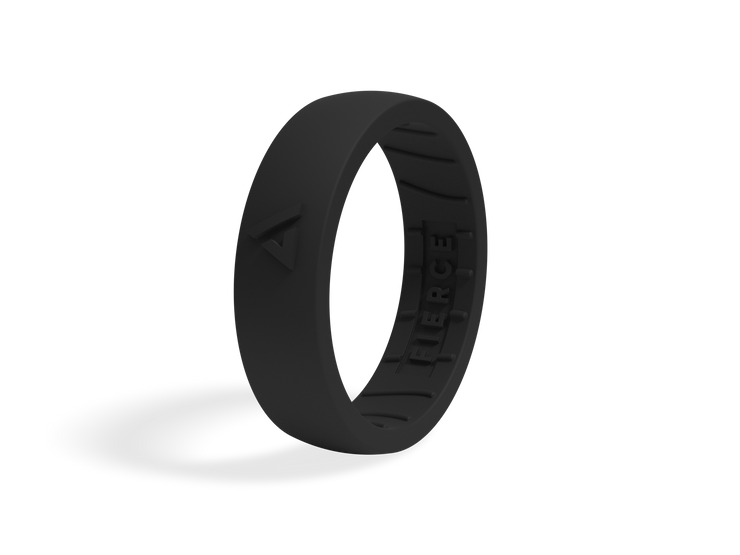 Women's Fierce Ring / Pitch Black