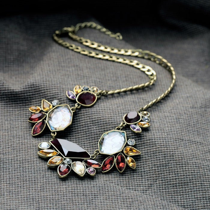 Elegant Rhinestone Necklace