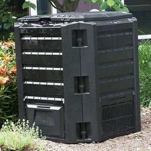 Compost Wizard Eco Tumbler square in garden