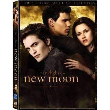 DVD | Twilight Saga: New Moon (Three-Disc Deluxe Edition) - The CD Exchange