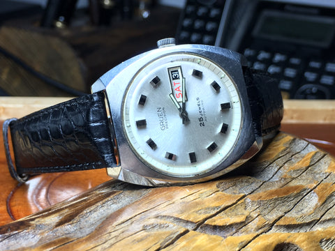 Servicing a Vintage Gruen Day Date Calibre 711CD