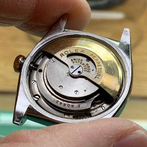 Servicing a 1943 Rolex Bubbleback Calibre 645