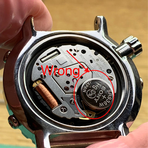 Servicing a Seiko 7c43-6020 Mini Tuna - incorrect battery