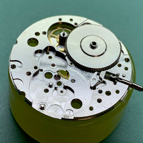 Servicing a Vietnam-era Benrus Type II Class A Mill-W-50717 vintage watch - assembly