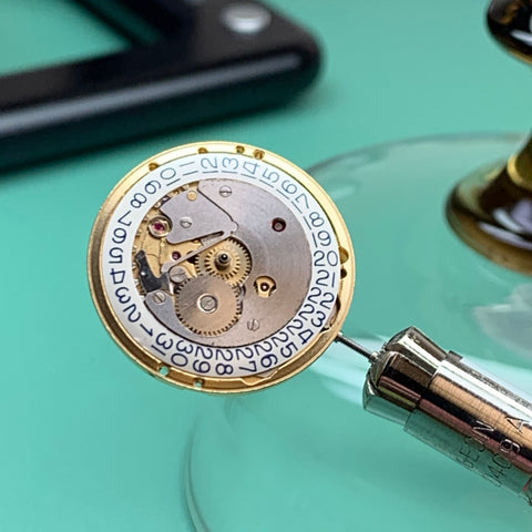 Servicing 1950's Girard Perregaux Calibre 32 - a long journey back to the owner's wrist
