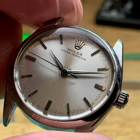 Service a 1964 vintage Rolex 5552 calibre 1530 for the original owner