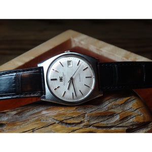 Sold - IWC Textured Dial 1970's Pellaton Calibre 8541B Vintage Watch - ClockSavant