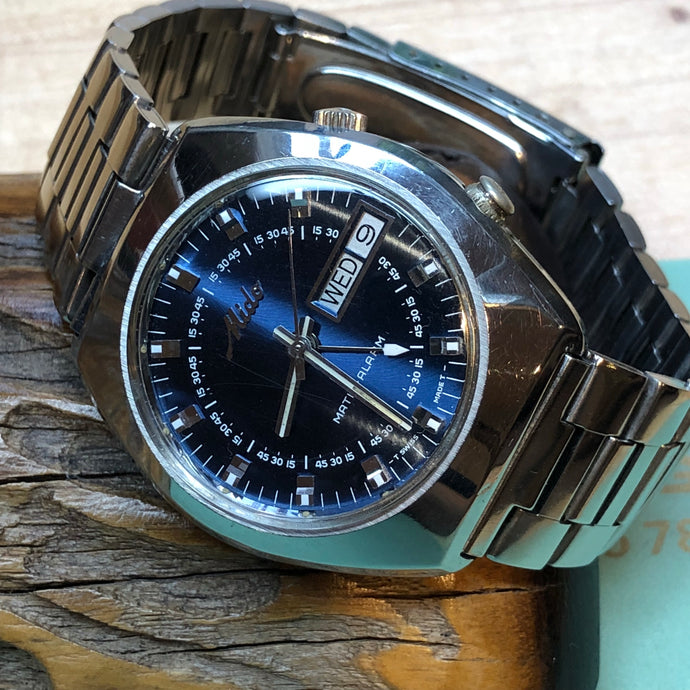Sold - Mido Matic-Alarm AS 5008 Vintage Automatic Alarm Day Date Full Length Original Bracelet - ClockSavant