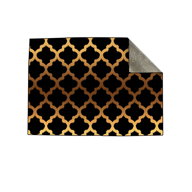 Black Gold Quatrefoil Centerpiece (Rug)