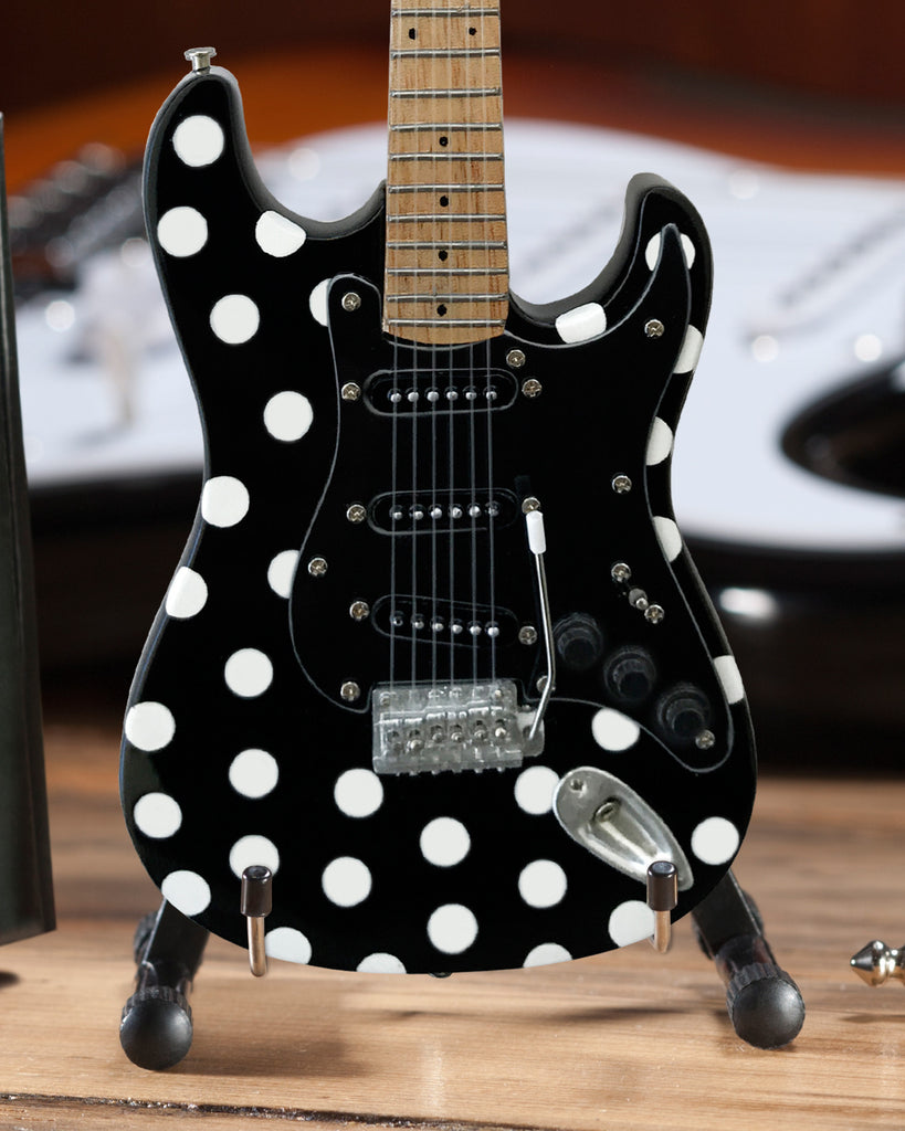 officially licensed miniature fender strat with polka dot finish gui axe heaven store. Black Bedroom Furniture Sets. Home Design Ideas