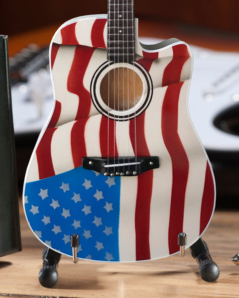 Toby Keith Signature Usa Flag Acoustic Mini Acoustic