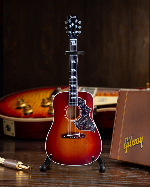 Gibson Hummingbird Vintage Cherry 1:4 Scale Mini Guitar Model