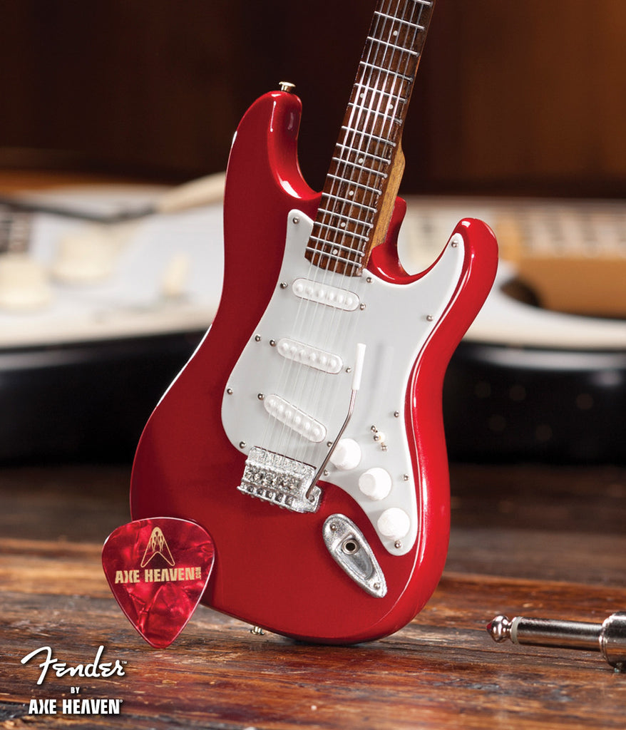 fender strat red officially licensed miniature guitar replica axe heaven store mini. Black Bedroom Furniture Sets. Home Design Ideas