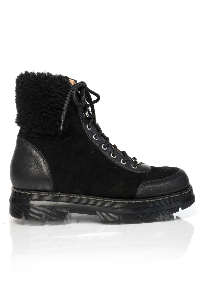 Alps Boot in Midnight
