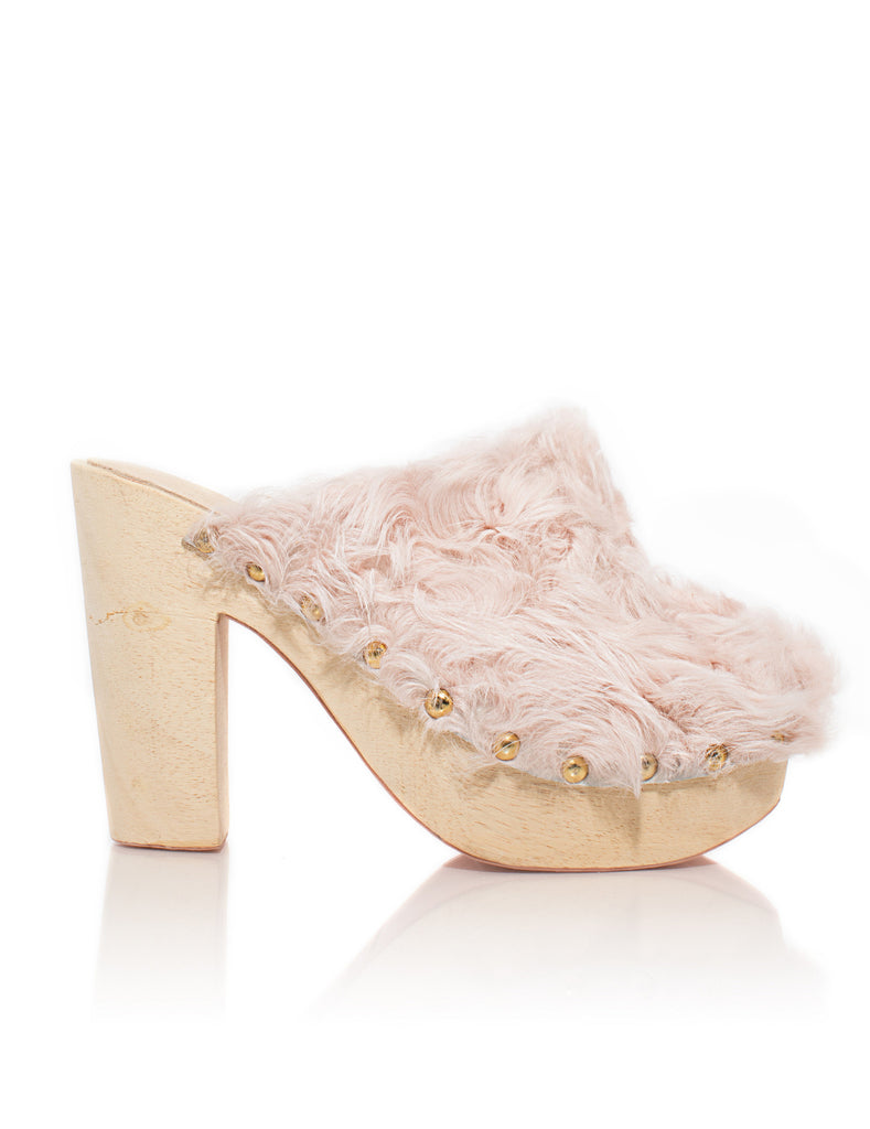 Blush Rabbit Clog
