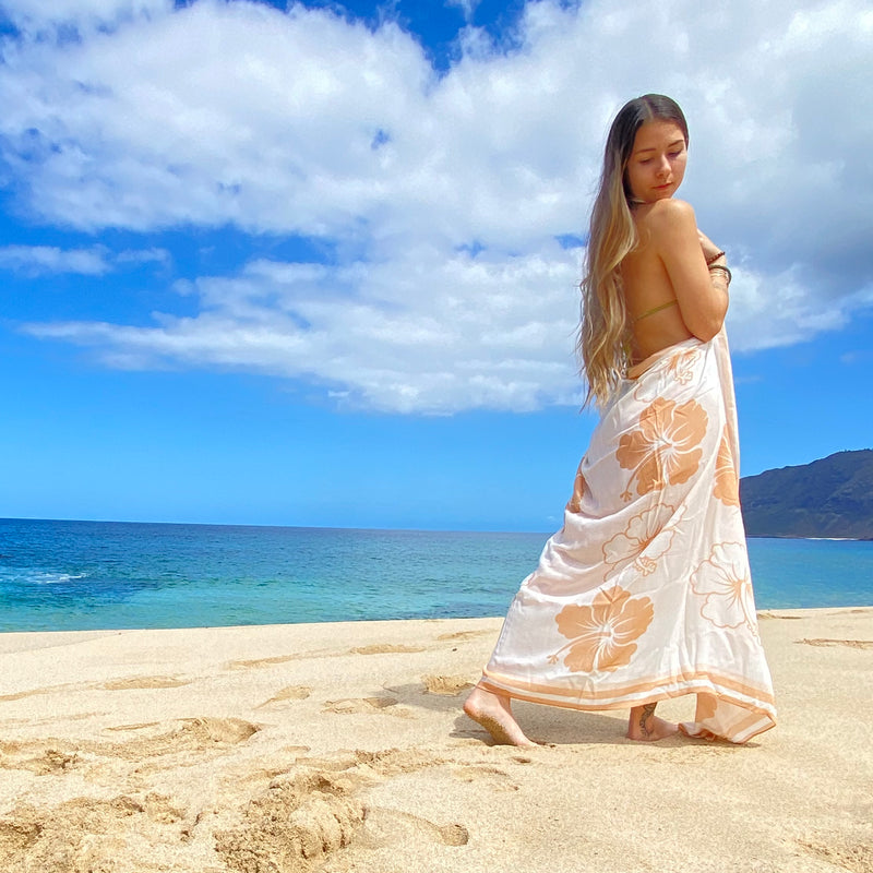 Swaddle With Aloha Cat Eye Heart Sunglasses - Sweet Sweet Honey