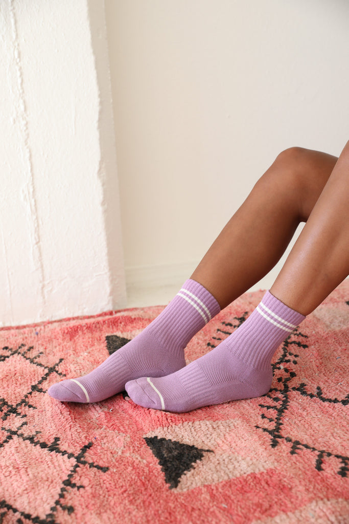 BOYFRIEND SOCKS (GRAPE)