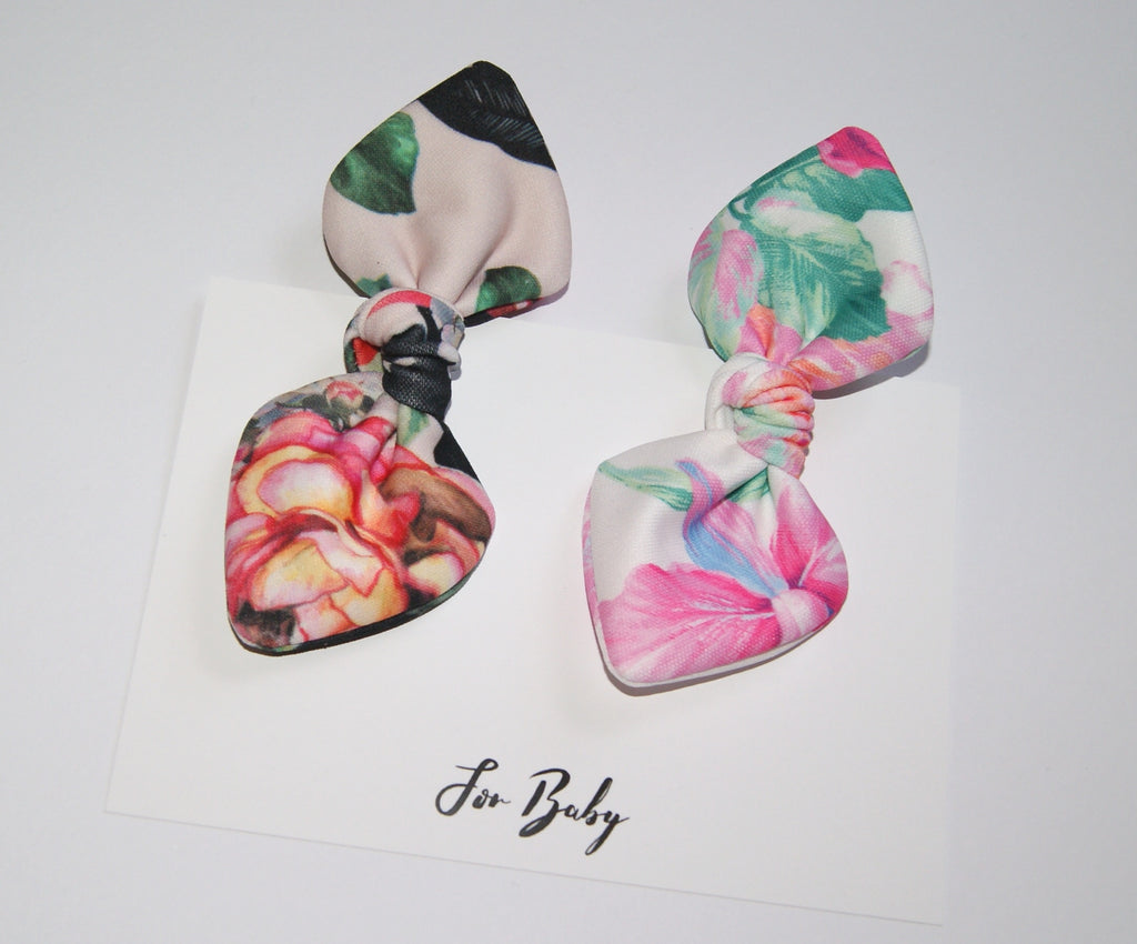 Floral print hair clips with bow